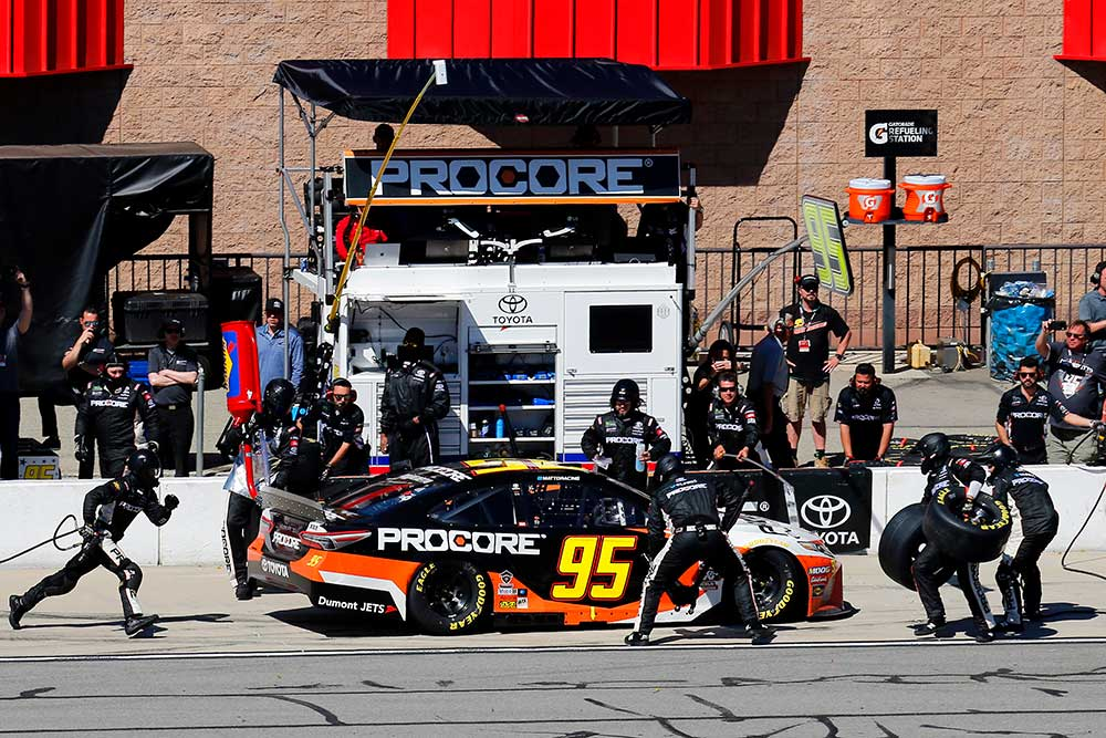 What You Get When Sponsoring a NASCAR Race Team